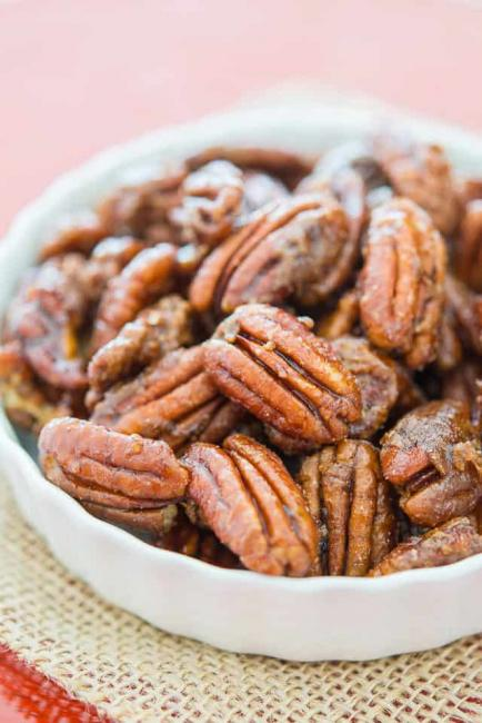 Sharon's-Candied-Pecans